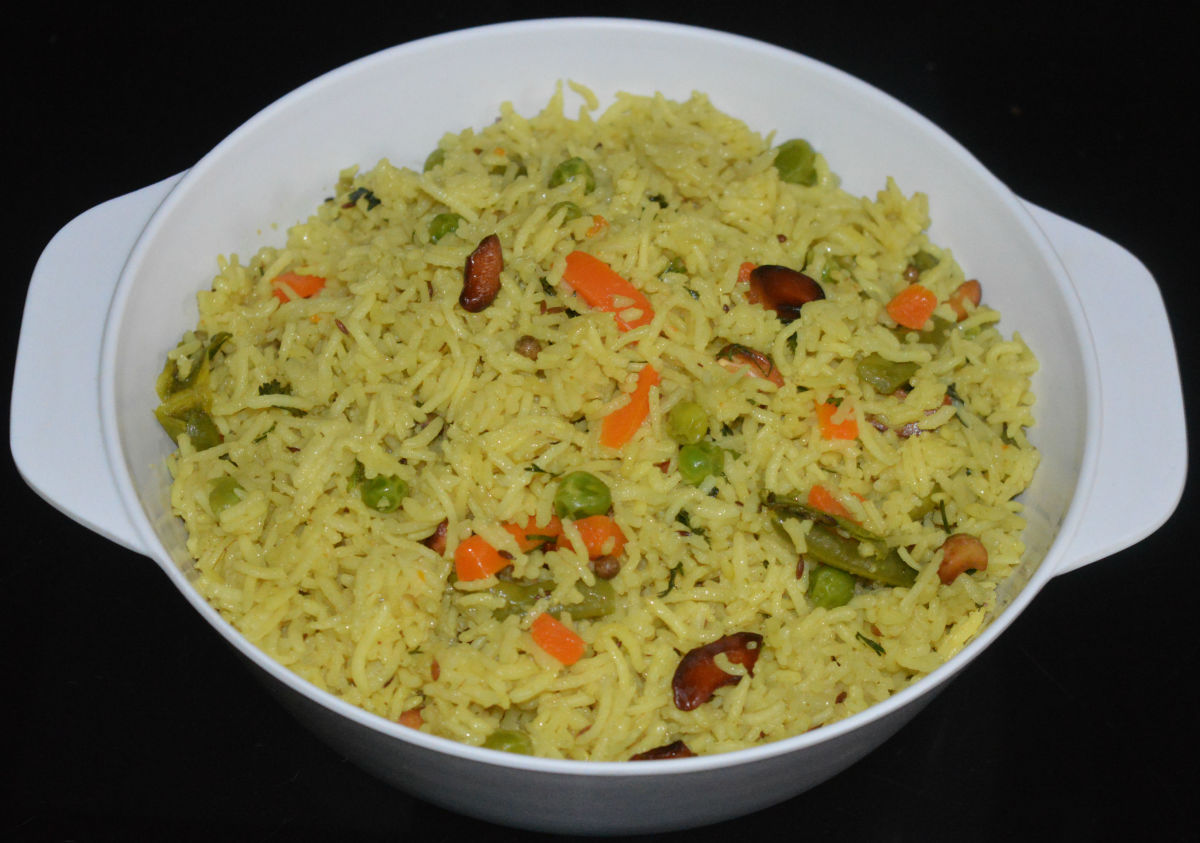 Vegetarian Coconut Pulao or Coconut Rice