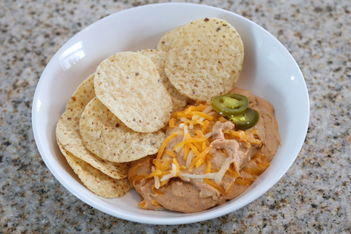 slow-cooker-texas-trash-warm-bean-dip
