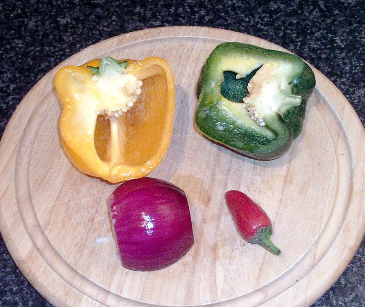 Bell peppers, chilli and red onion