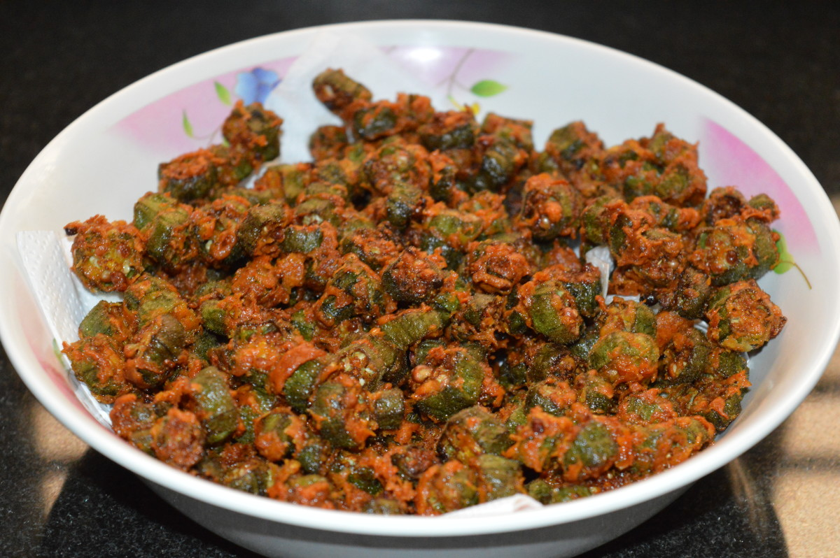 Enjoy eating! Store remaining pakoras in an airtight container. You can keep them crispy this way for two days.