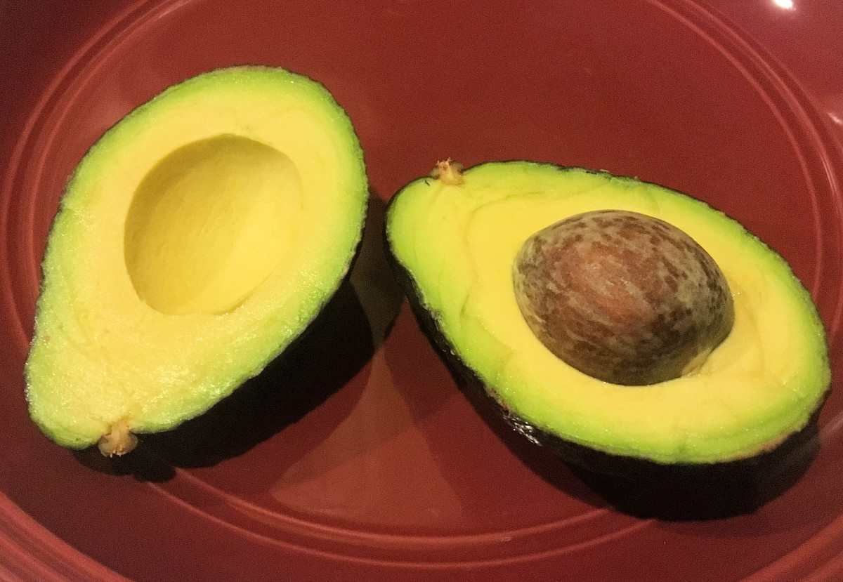 Avocado sliced lengthwise