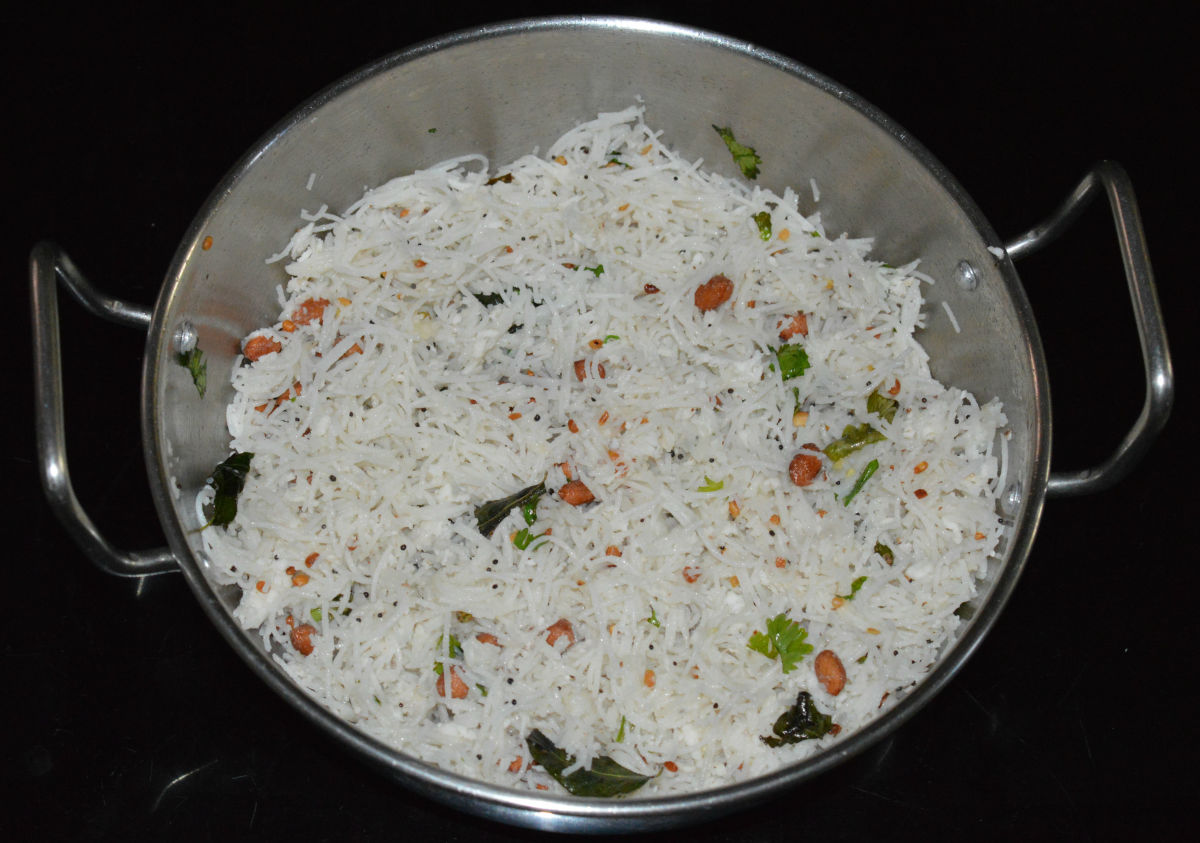 Serve it hot as is or serve with a simple coconut chutney on the side. You can pack this upma in a lunch box for later use. It tastes yummy even when cold.