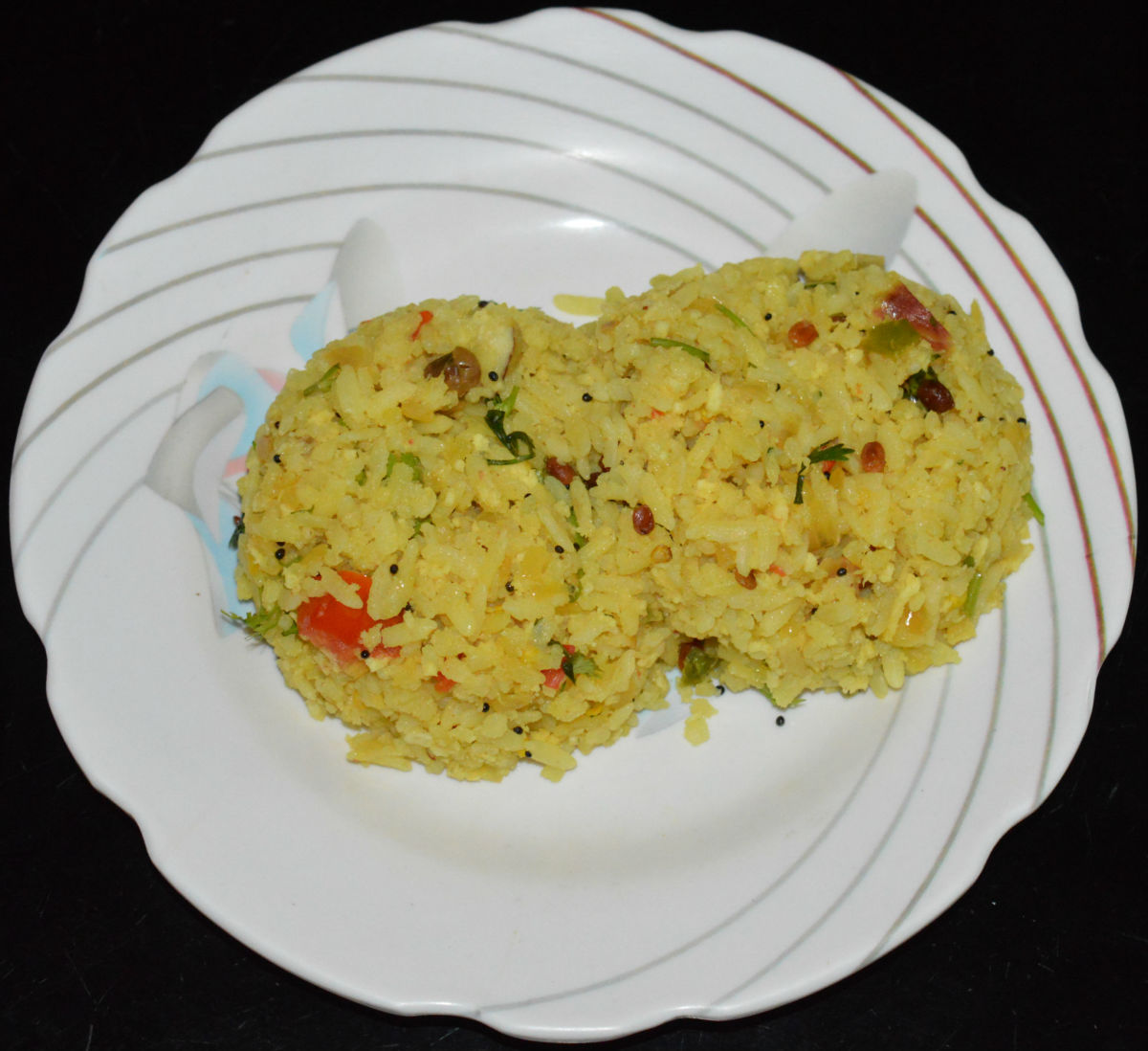 Your favorite beaten rice upma is ready! Serve this yummy upma as is or with a coconut chutney on the side. Enjoy the heavenly taste!