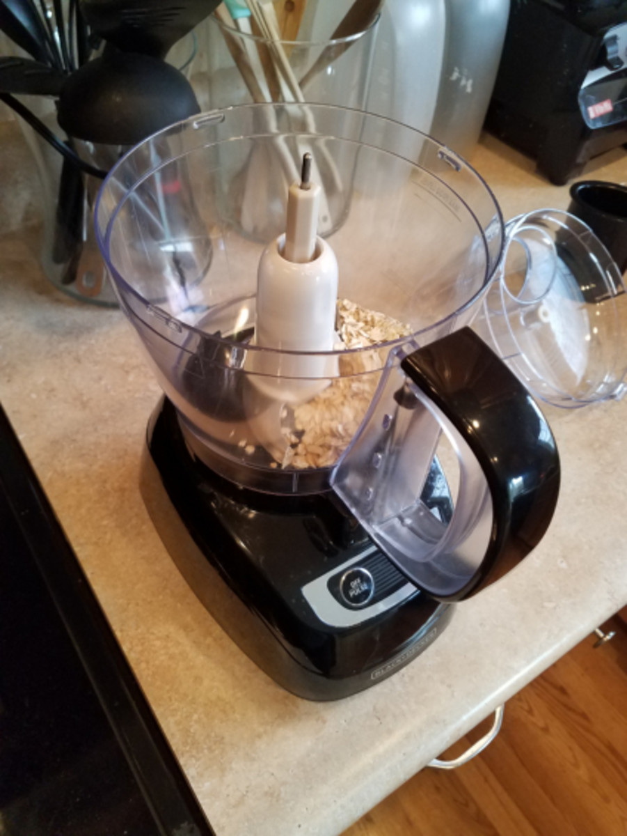 Step Two: Grind up your oats in a blender until powdered.
