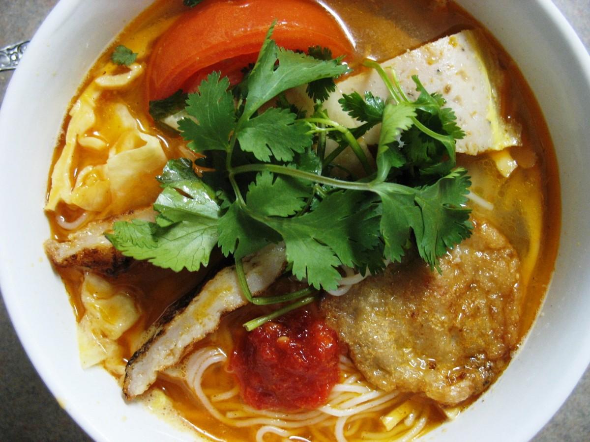 Vietnamese cuisine features a lot of fresh cilantro.