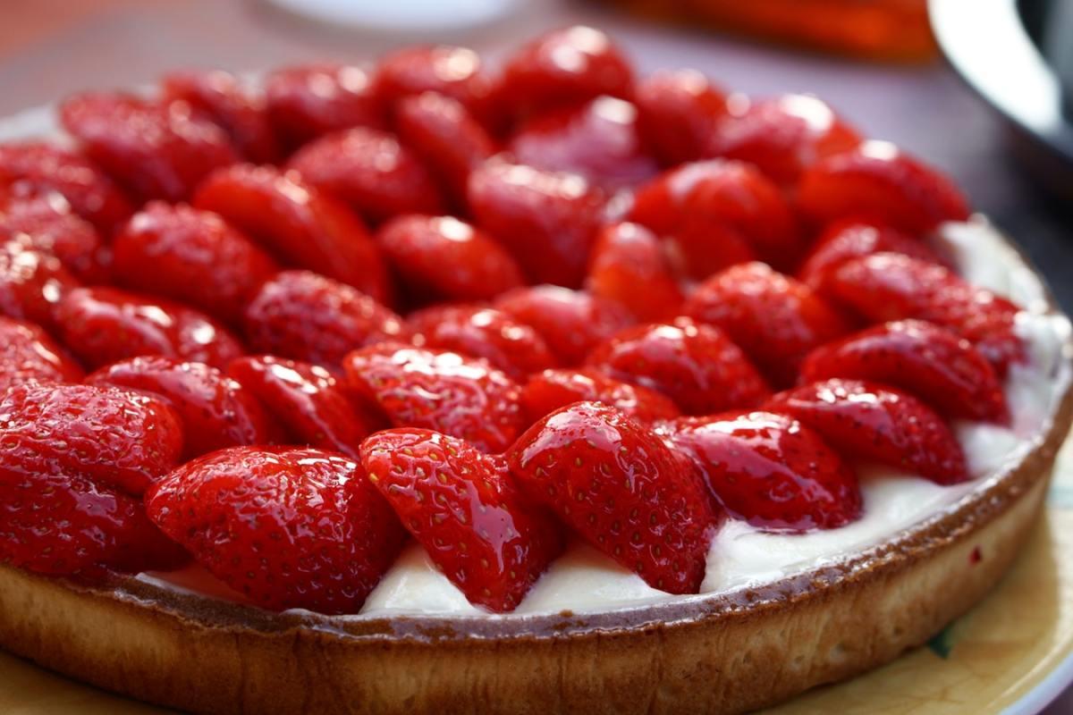 A strawberry tart.