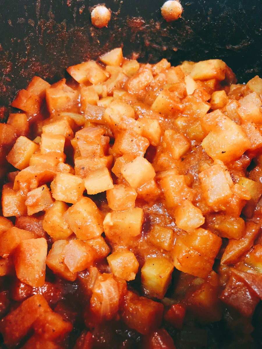The potato filling should be cooked after the sauce is absorbed by the potatoes.