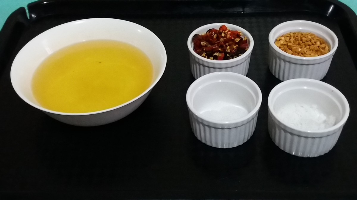 Ingredients in making Chili Garlic Oil