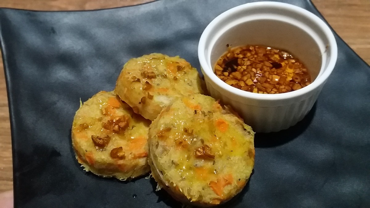 Homemade Tilapia Fishcakes with Homemade Chili Garlic Oil and Apple Cider Dip