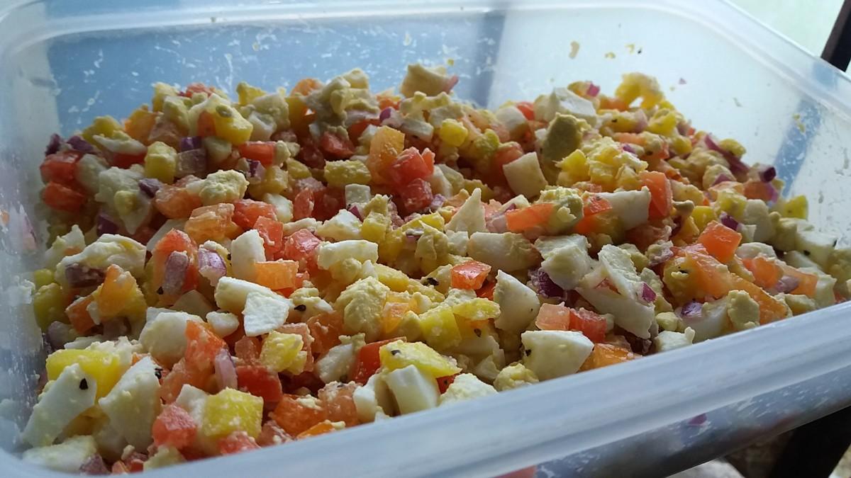 Huevos with Mango Salsa