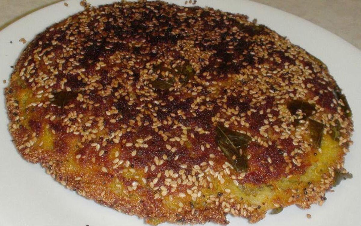how-to-make-instant-pan-handvo-vegetable-semolina-pancake