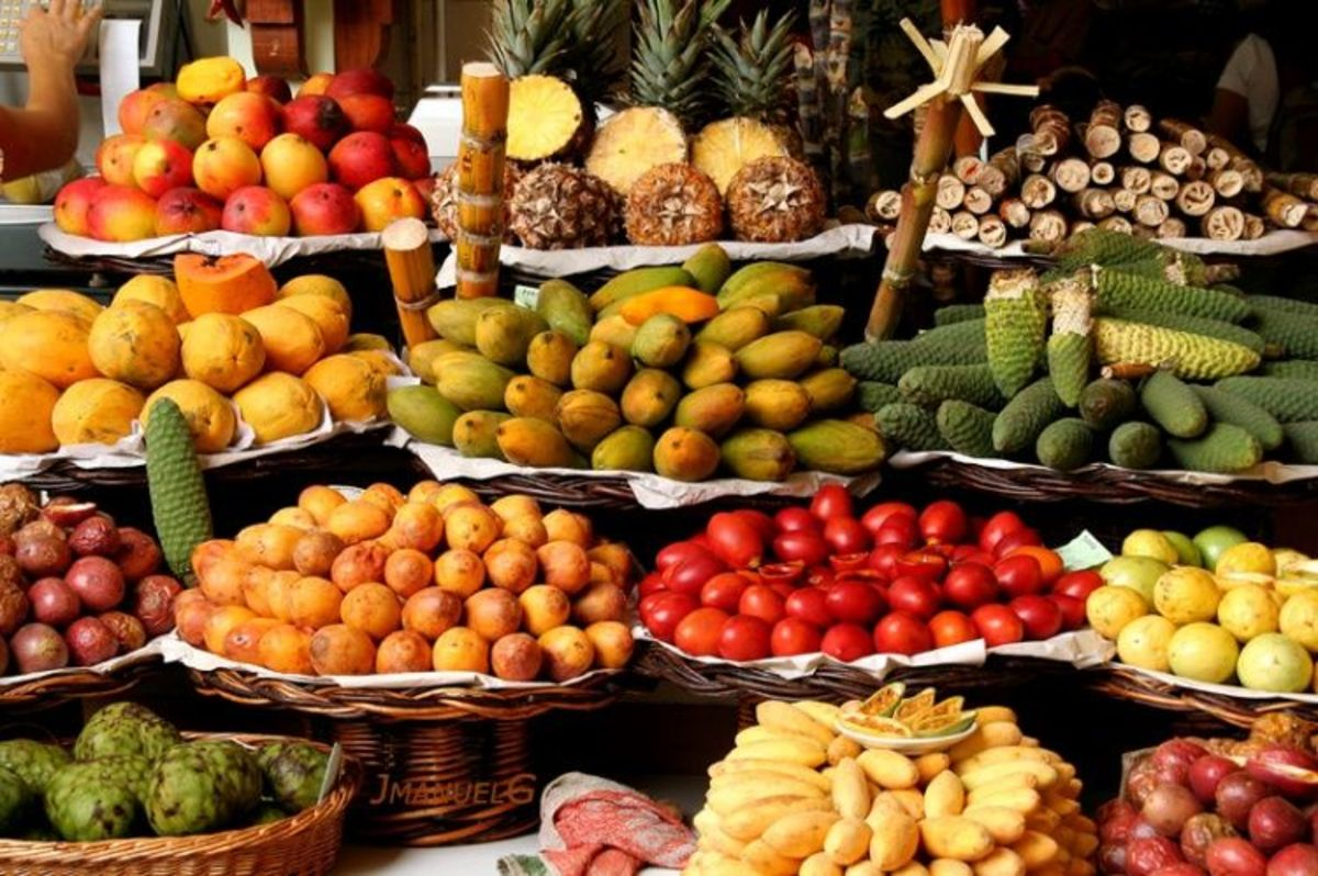 It is very common to see fruit stands like these all over Brazil where 'exotic' fruits and vegetables are sold quite affordably.