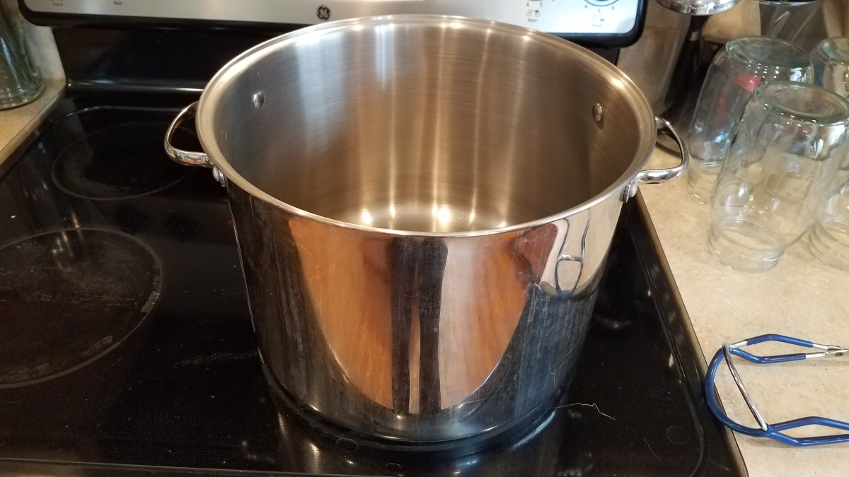 Big pot for cooking broth (Mine is a 16 quart.)