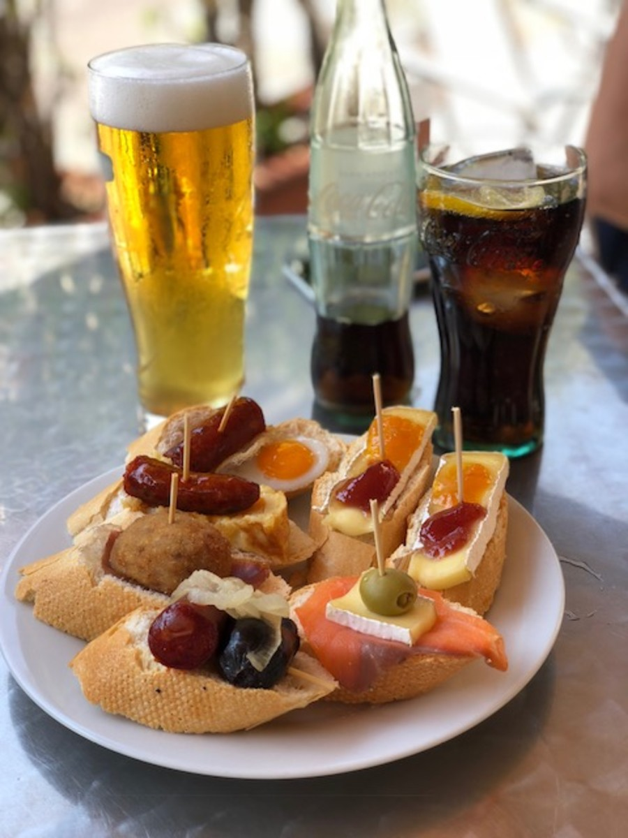 Pintxos go great with cava, or Spanish sparkling wine. Vermouth also makes a stellar pairing.