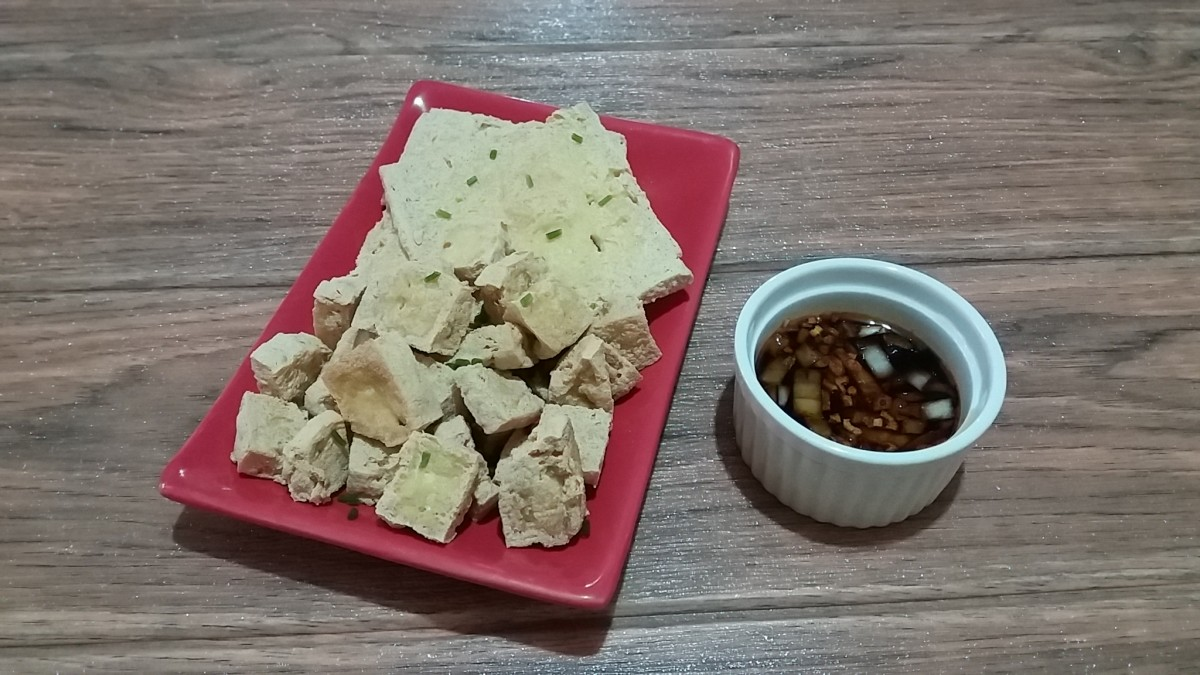 Tahu Goreng With Homemade Spicy Soy-Vinegar Dip