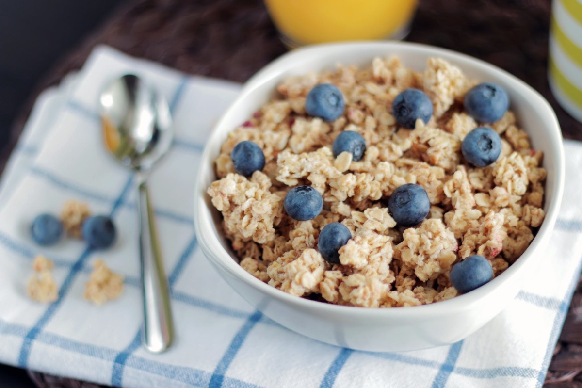 Overnight oats is an easy and healthy breakfast choice.