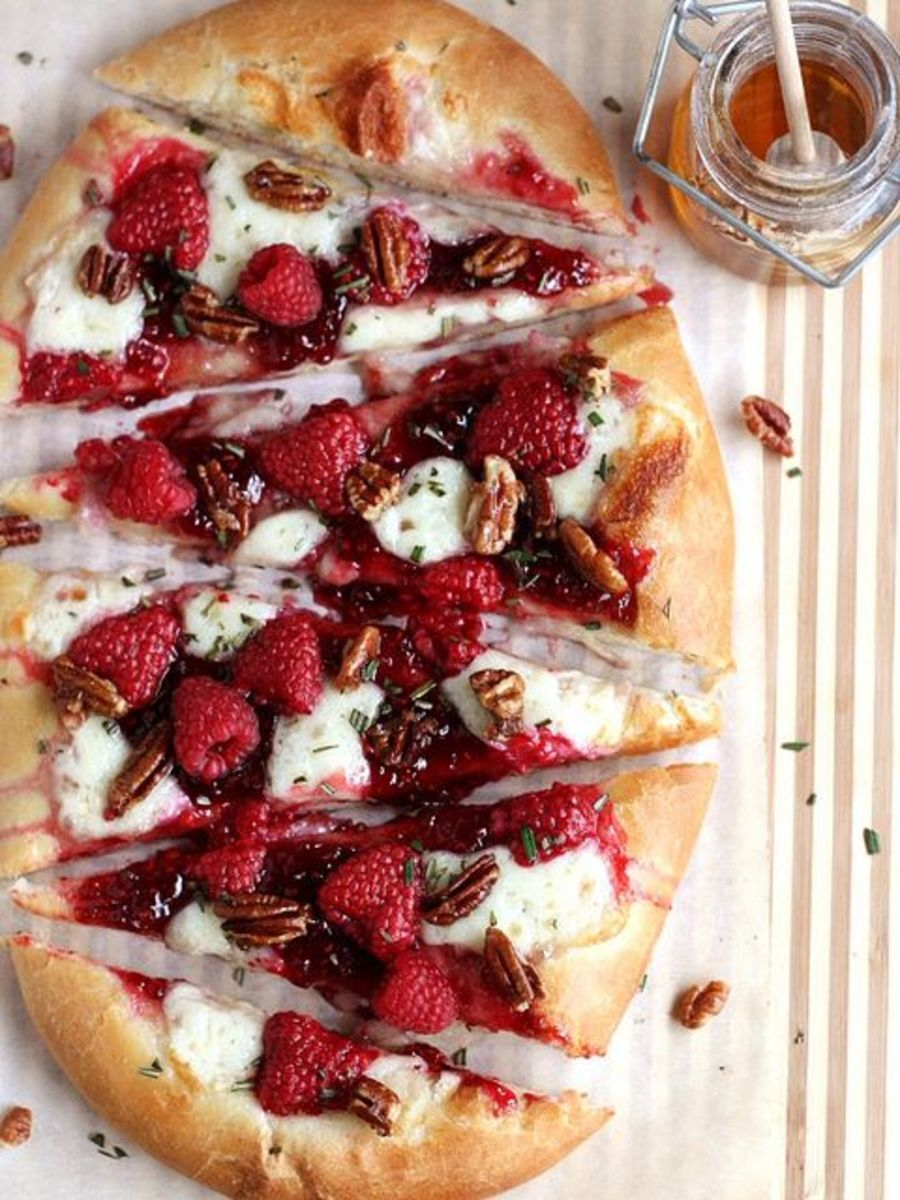 Raspberry Brie Dessert Pizza