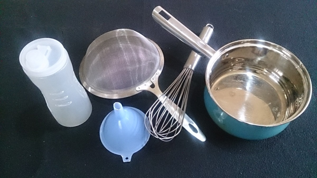 Utensils for cooking and storing the condiment