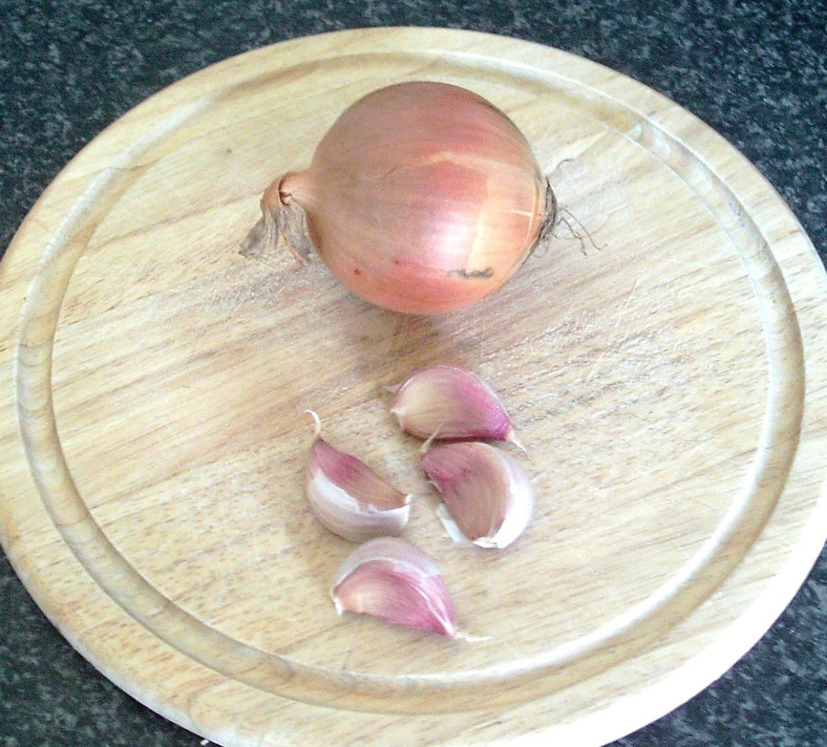 Onion and garlic for soup stock