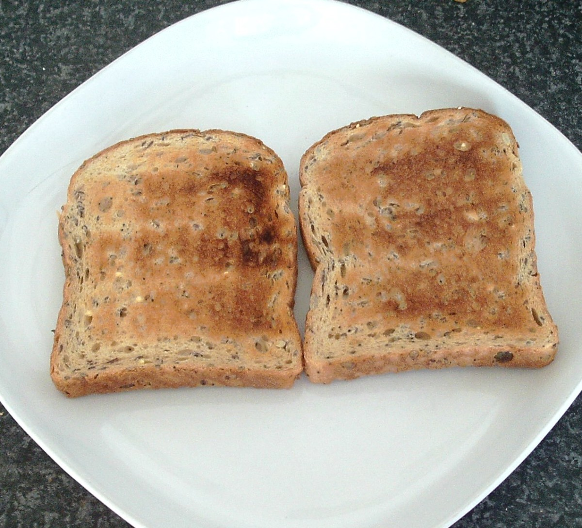 Wholegrain toast