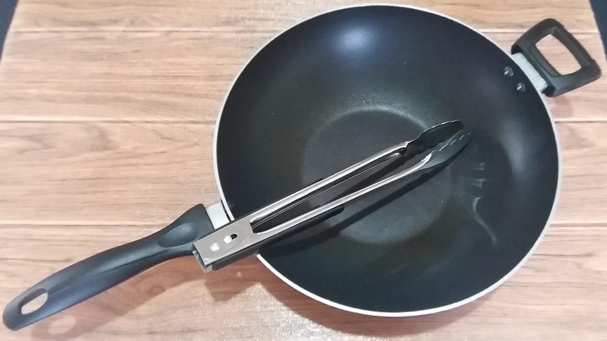 for cooking the longaniza and mushroom spaghetti aglio e olio