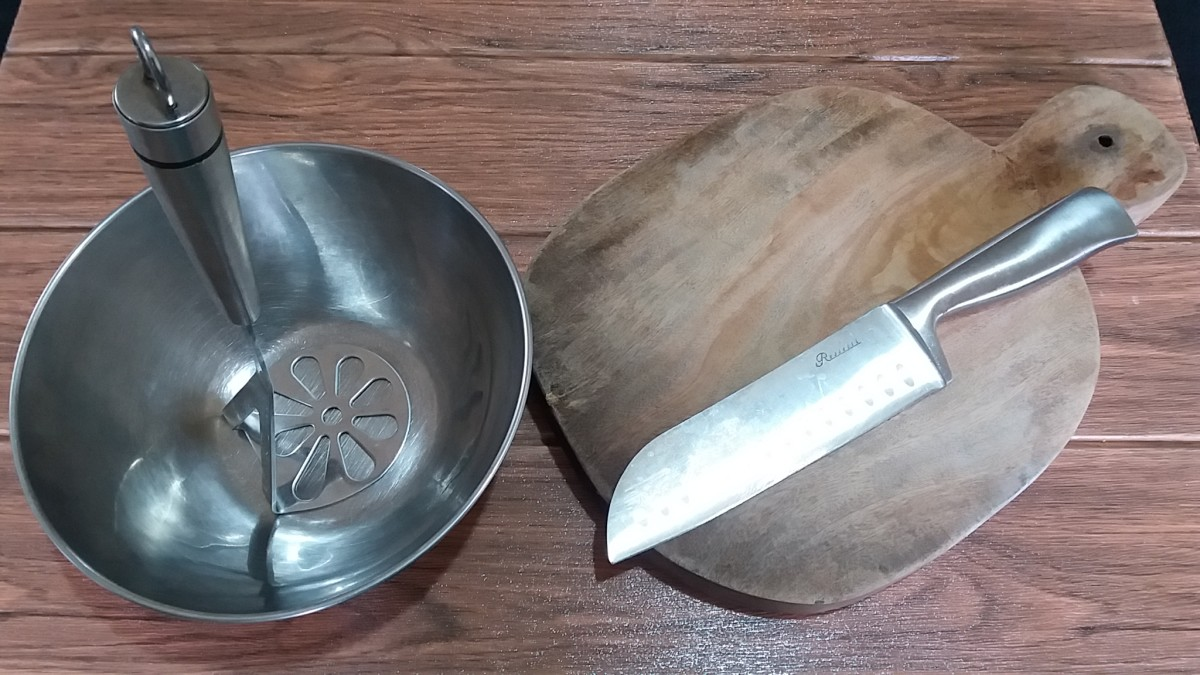 utensils for preparing pitahaya jelly