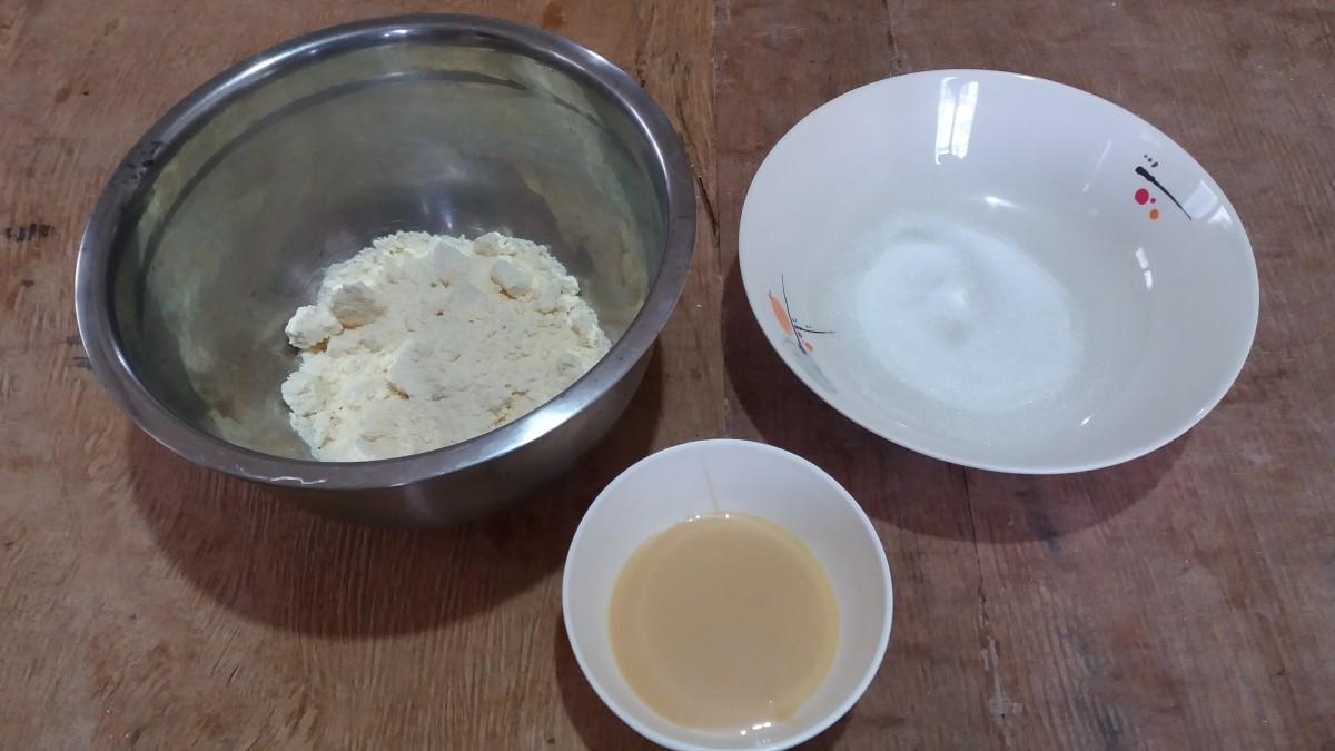 Ingredients for no-cook pastillas