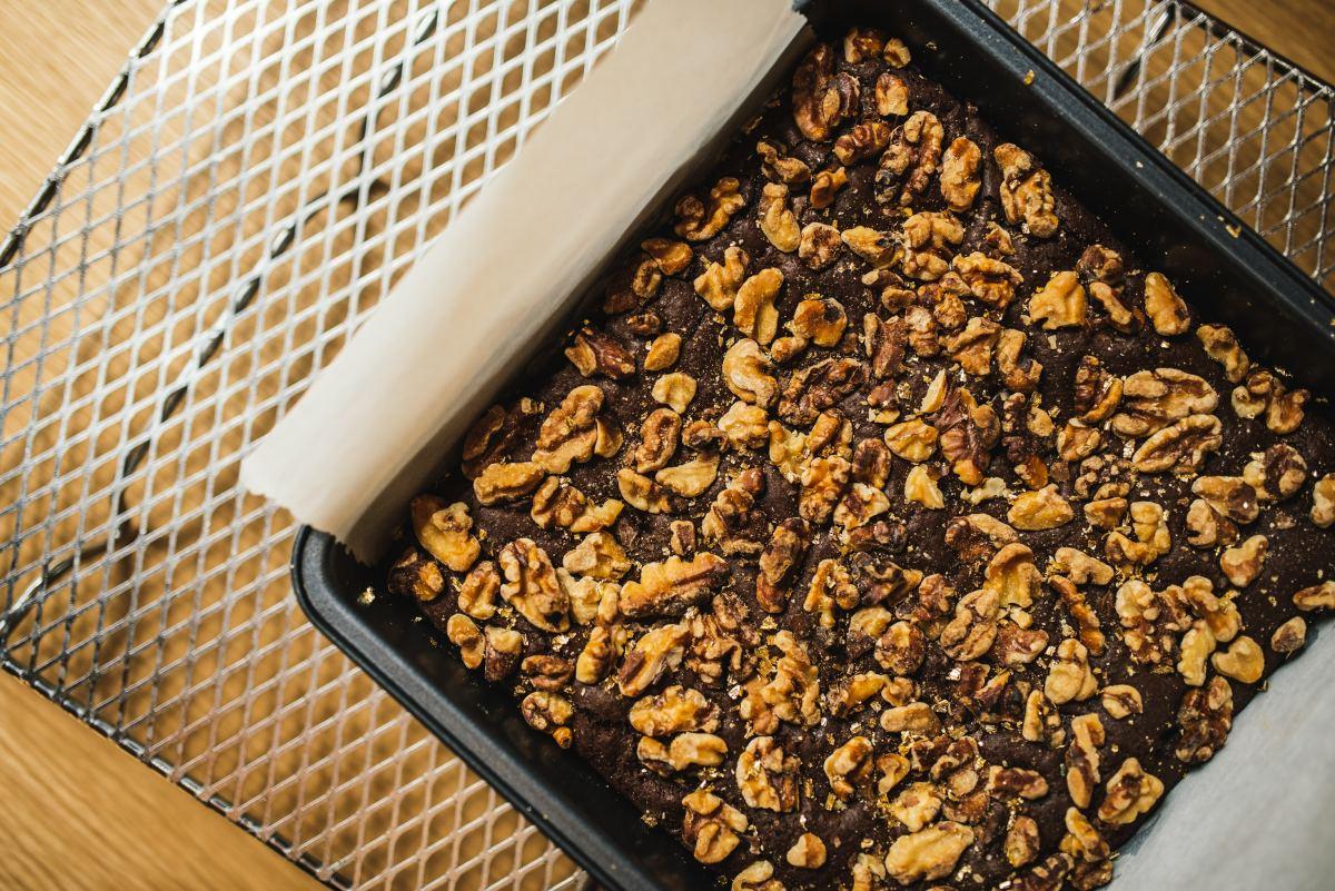 Chocolate nut cake.