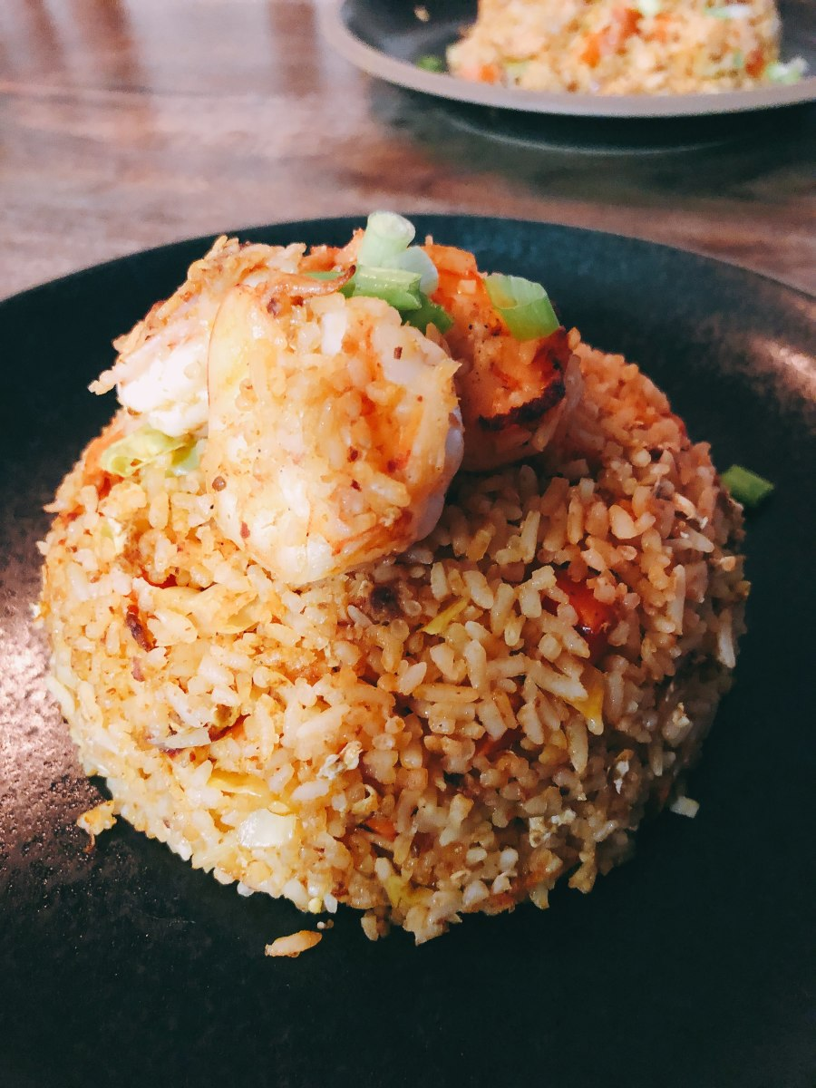 Shrimp fried rice is one of my regular to cook at home. Simple but, delicious!