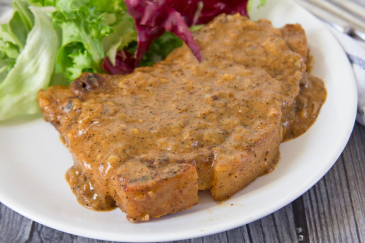Pork Chops Smothered in Gravy