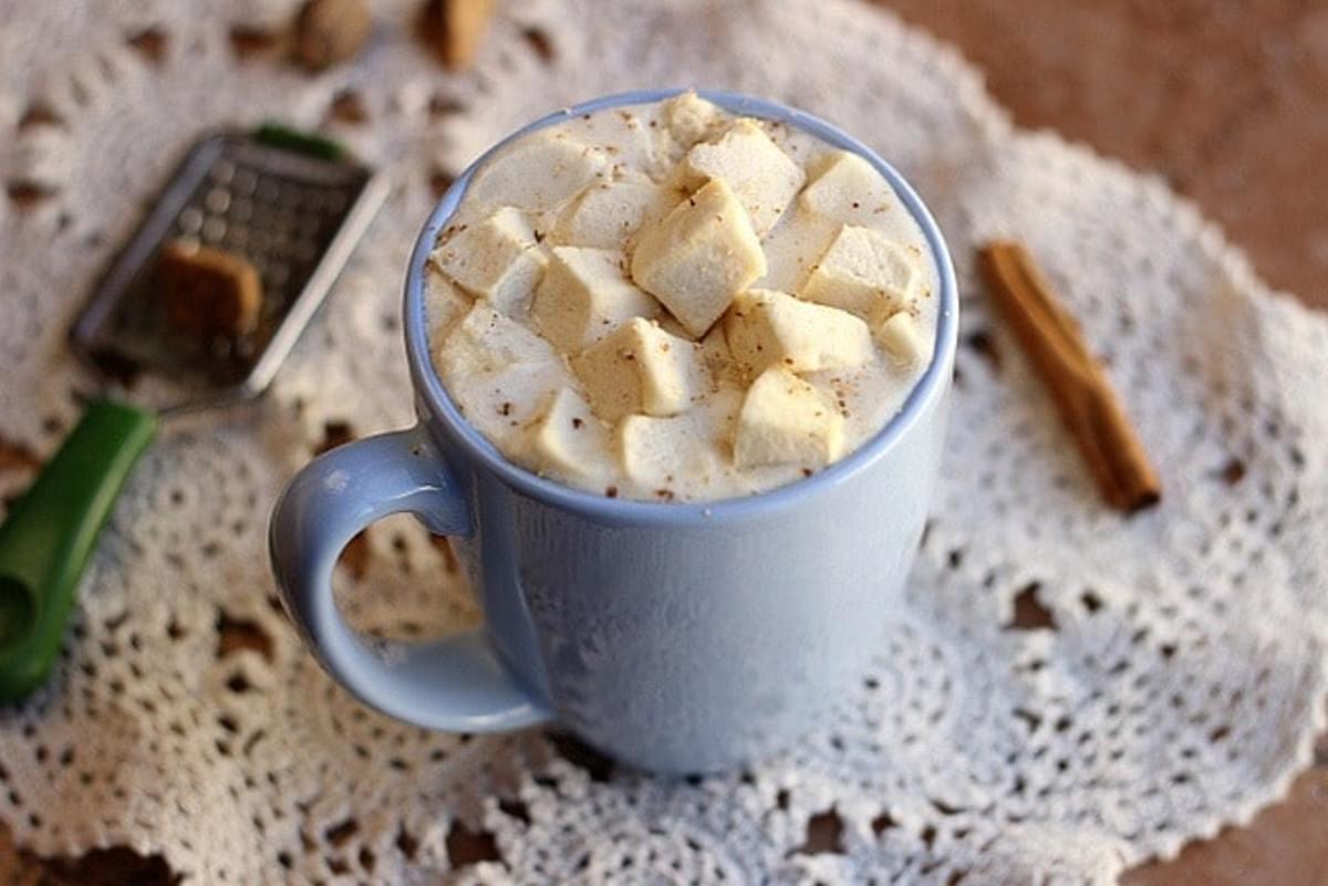 Thick and Creamy Hot Vanilla
