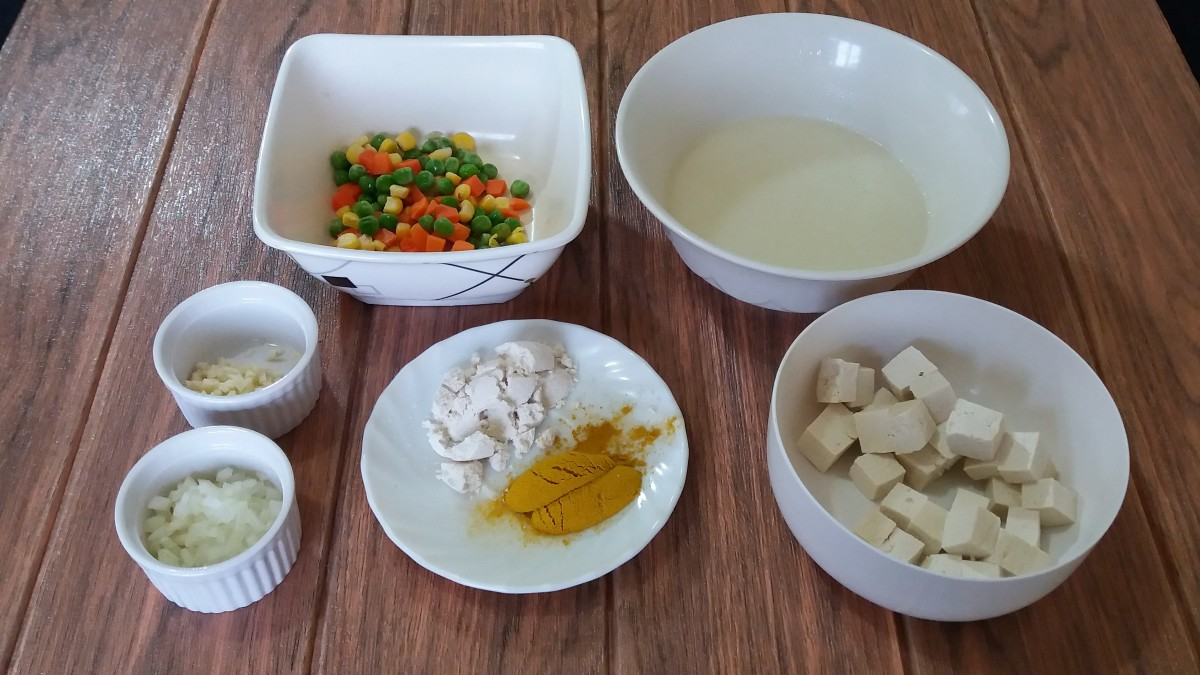 ingredients for spaghetti with curried tofu and mixed vegetables