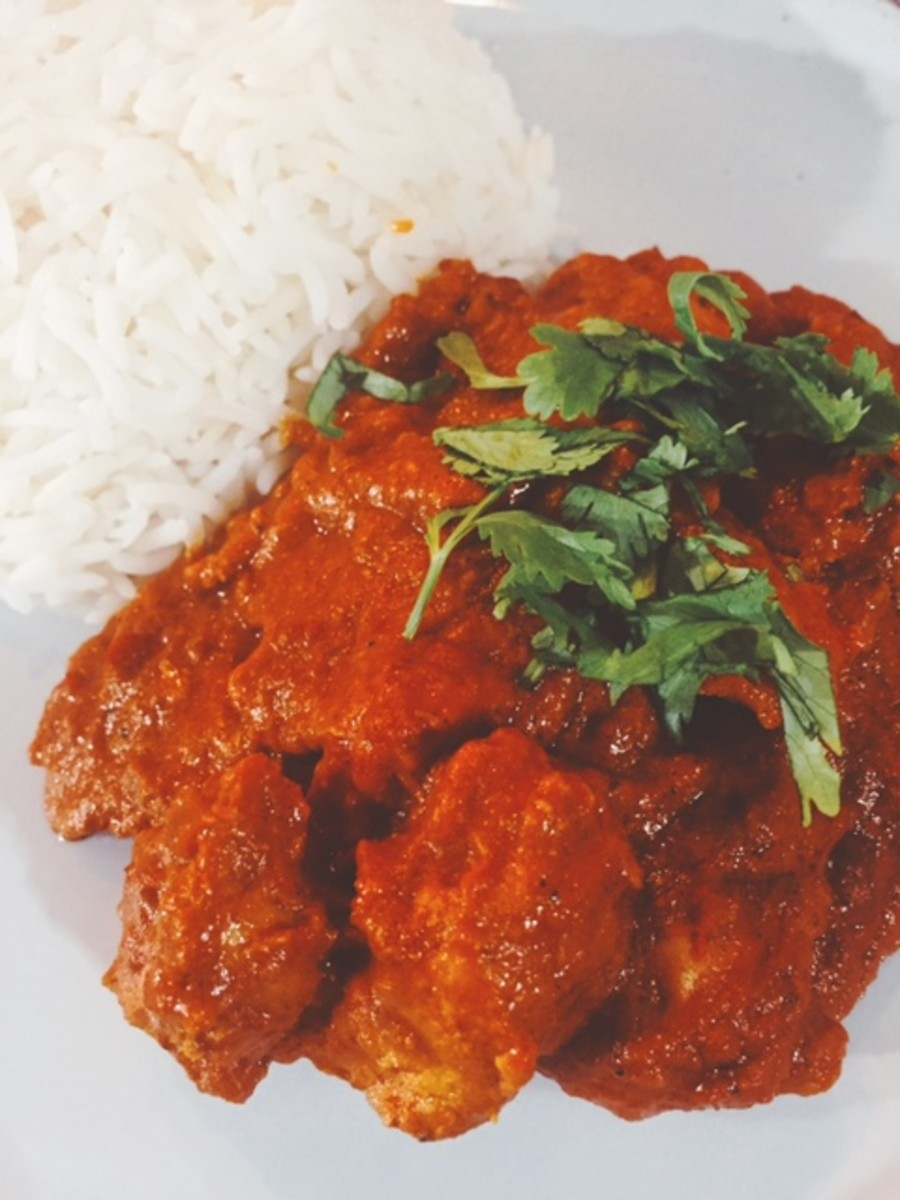 Chicken tikka masala with steamed basmati rice.