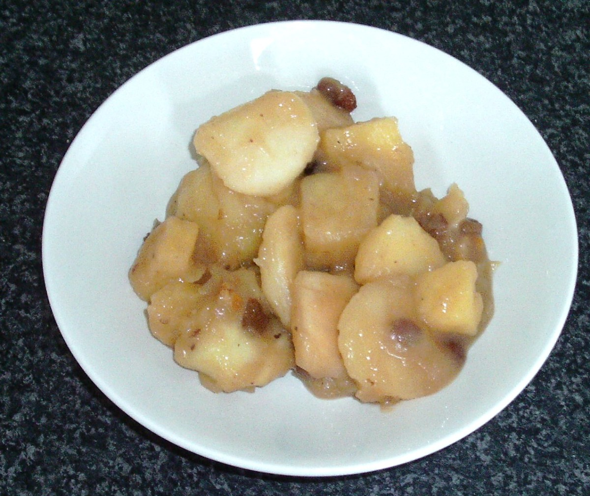 Plated stewed apples, pineapple and mincemeat