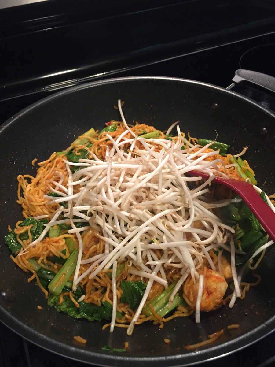 Add the bean sprouts.
