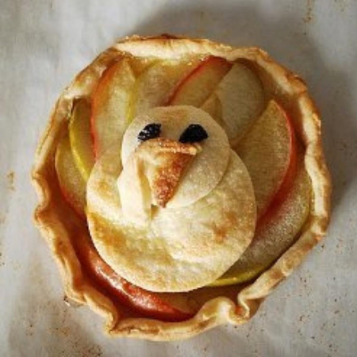 Mini Thanksgiving Apple Tarts