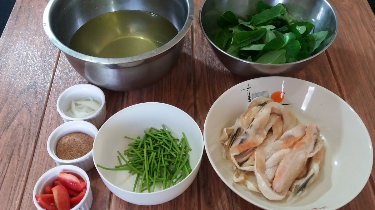 How To Make Sinigang Na Salmon Belly Soup A Filipino Dish Delishably Food And Drink