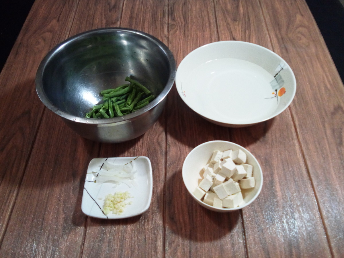 Some of the ingredients for adobong sitaw with crunchy fried tofu.