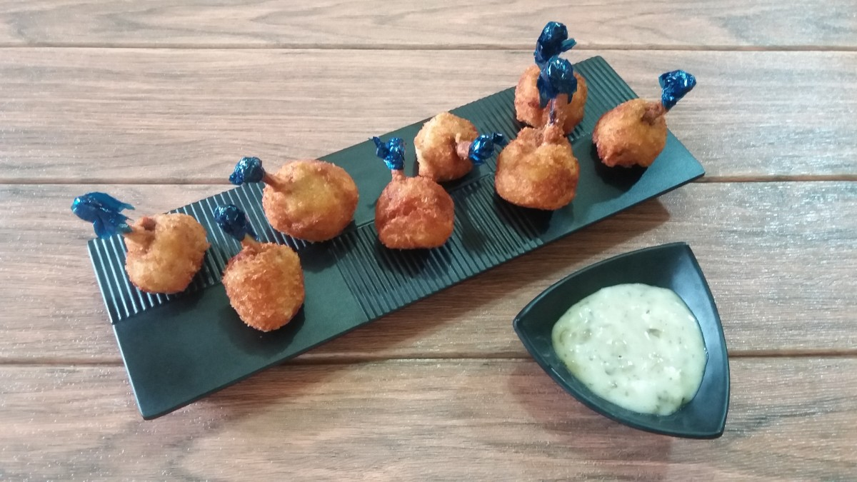 McDonald's tartar sauce served with chicken lollipops