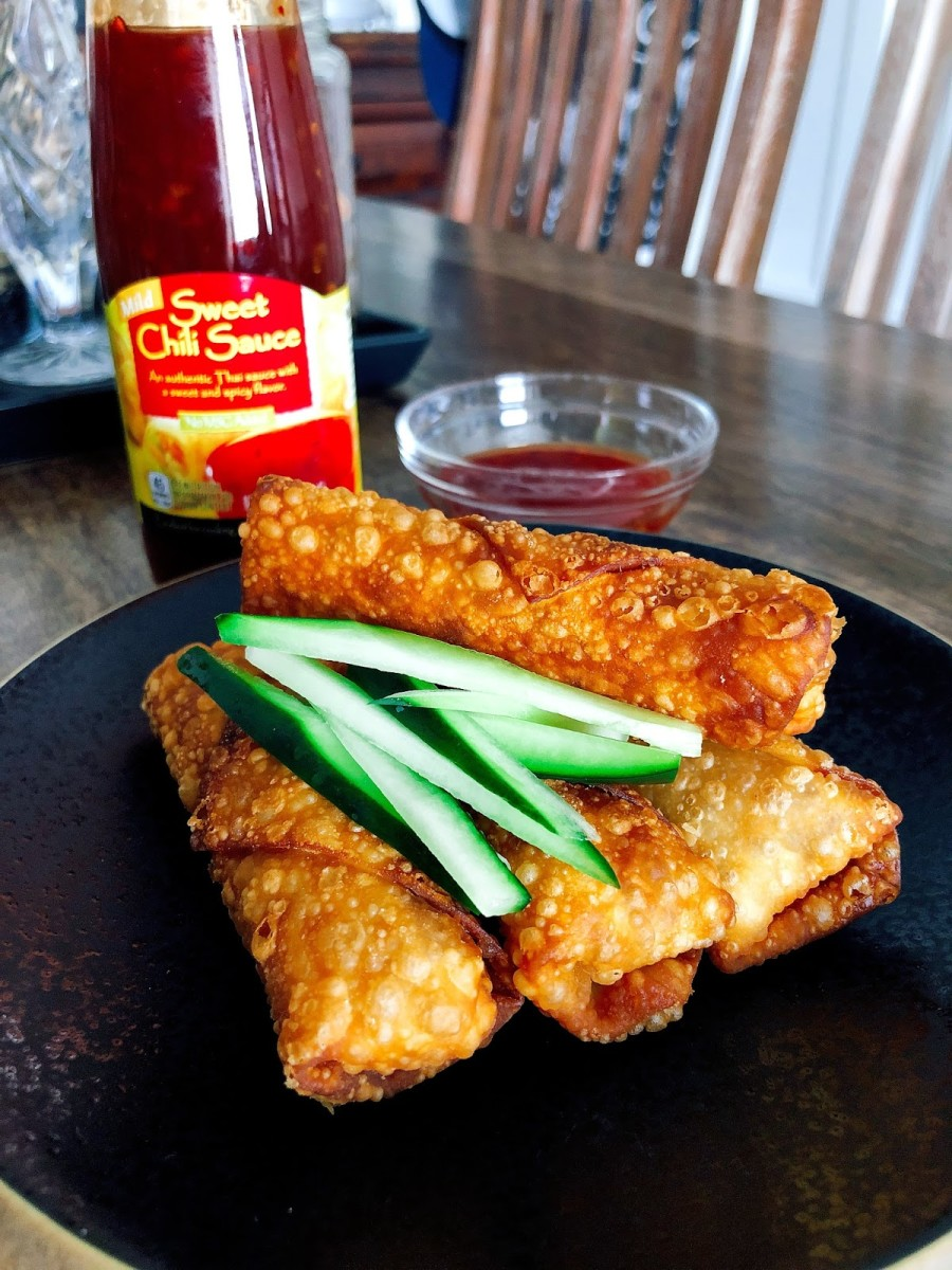Serve immediately with sweet chili sauce.