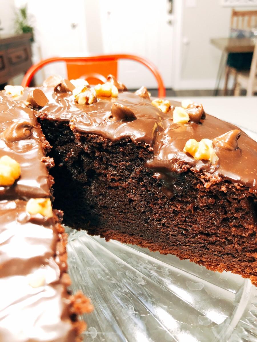 Slice the cake and enjoy!