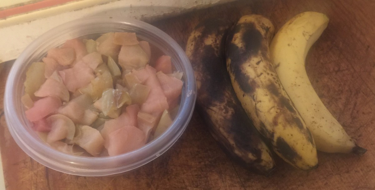 Stewed apple pieces and brown bananas.