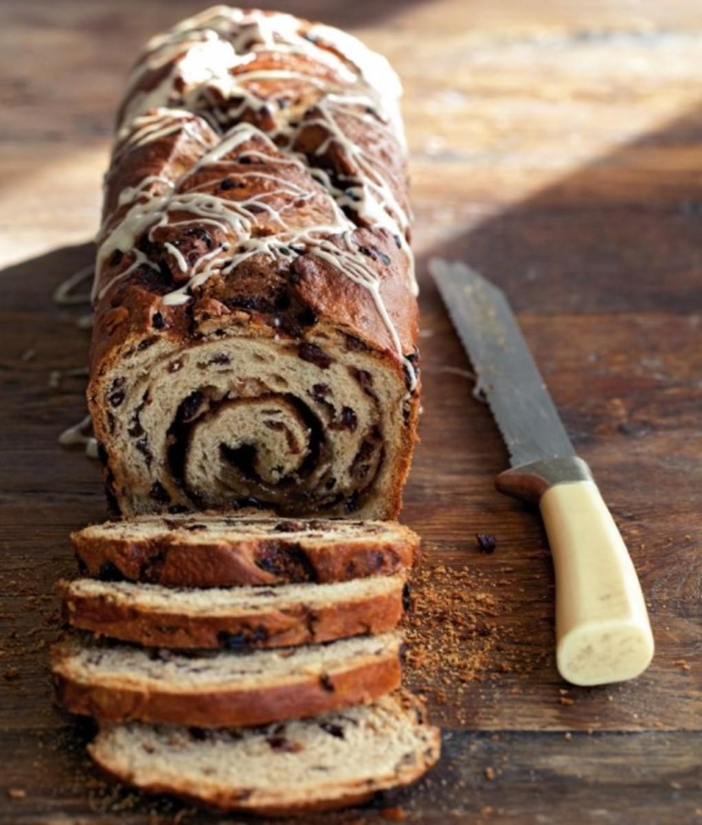 Hot Cross Bun Loaf