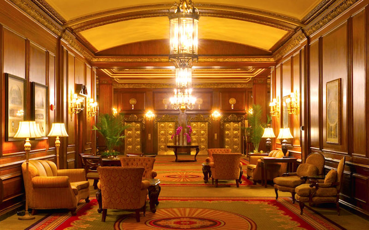 The lobby of Omni Parker House Hotel