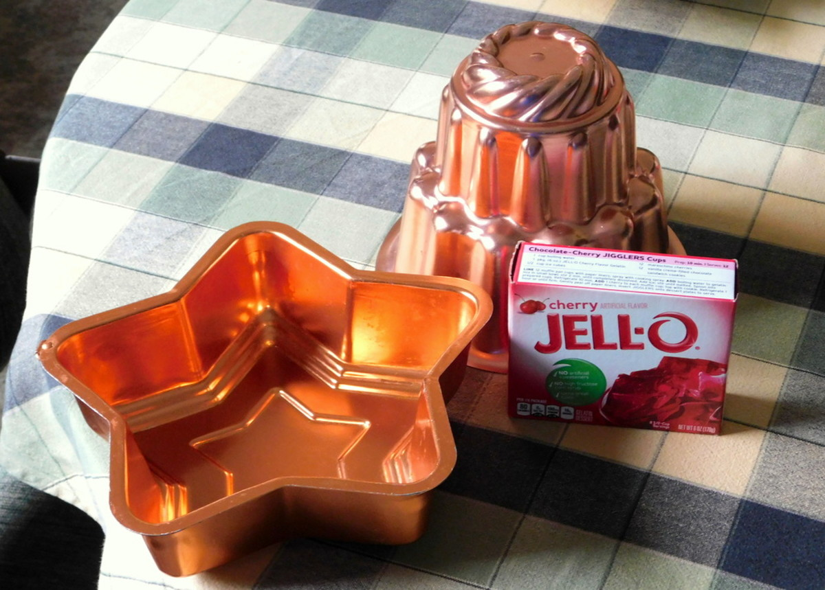 Making Jell-O in vintage molds
