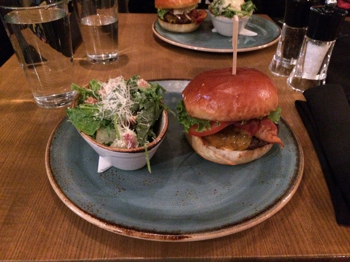 Old-Fashioned Burger and salad