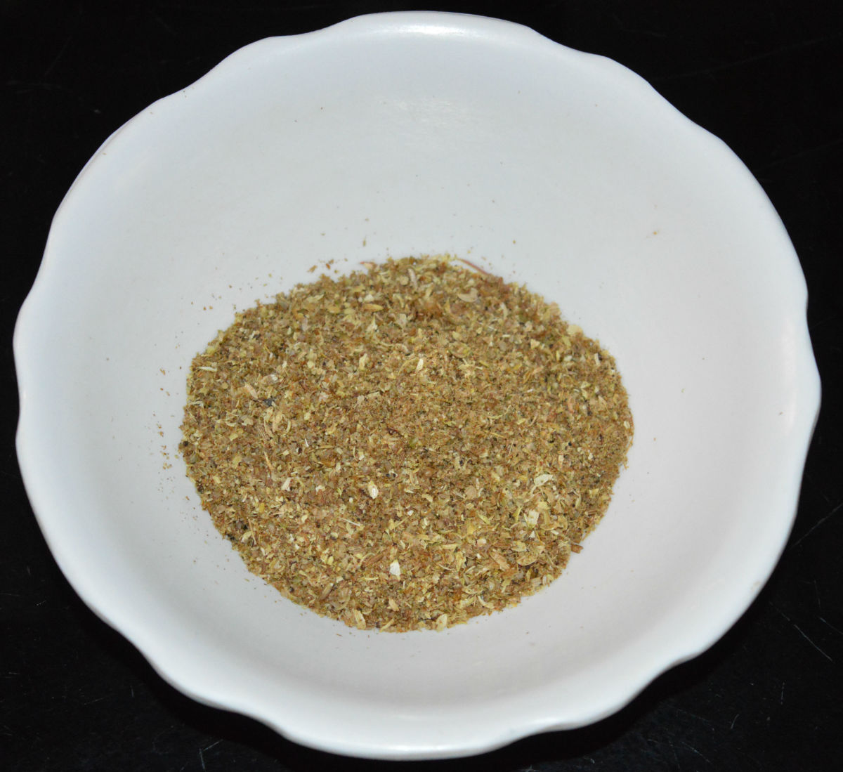 Powdered dry spices