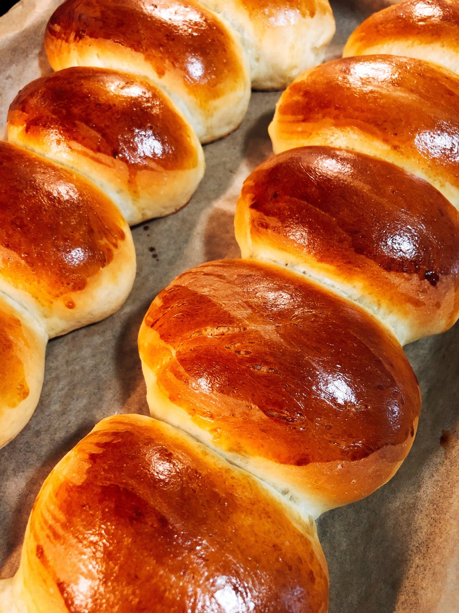 Bake the buns for 20 minutes, or until they are golden brown on top.