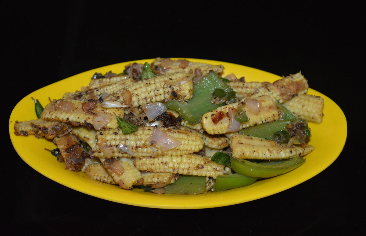 Baby corn capsicum pepper stir-fry is ready! Have it as an appetizer or as a side dish.