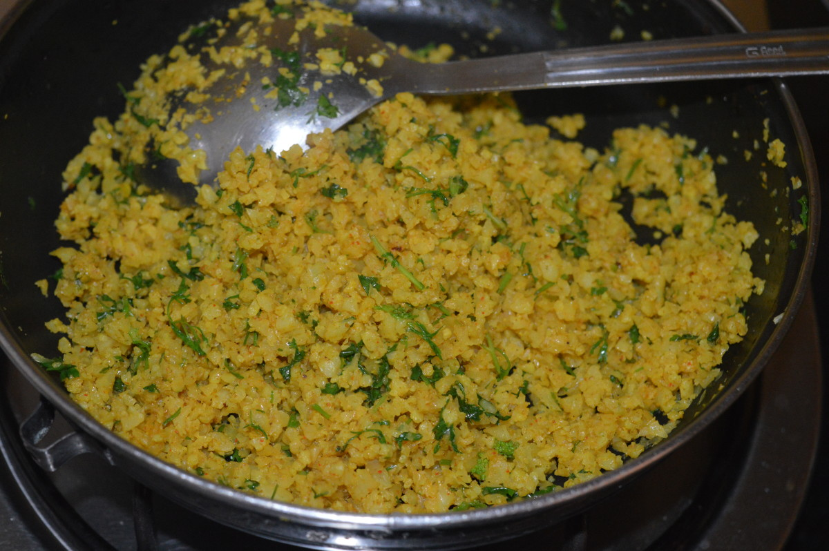 Add chopped coriander leaves.